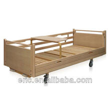 2013 Alibaba Hot sales!! CE,ISO Approved hospital 2 crank wood beds for the elderly