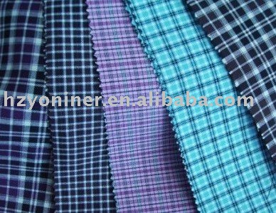 Cheap polyester blue checked cloth/white and deep blue squares fabric for table cloth