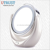 Hot selling High quality desktop Light Up Magnifying Mirror on sale free sample