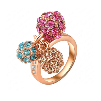 Fashion latest 18k Gold Three Colors Crystal Inlay Alloy Ring Design