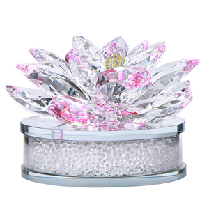 Free Sample Sparkle Pink Crystal Lotus Flower Sculpture for Home Decoration