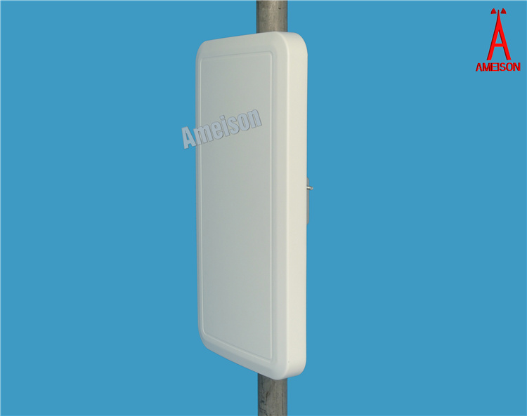 18dBi wireless network antenna 2400 - 2483 MHz Directional Wall Mount Flat Patch Panel Antenna wifi adapter free internet