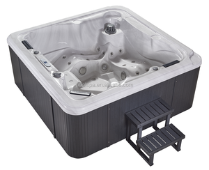 Enjoyable and relaxing outdoor or indoor spa hot tub spa massage hot bathtub spa