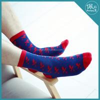best sell bulk custom cotton men socks fashion brand mesh sports socks
