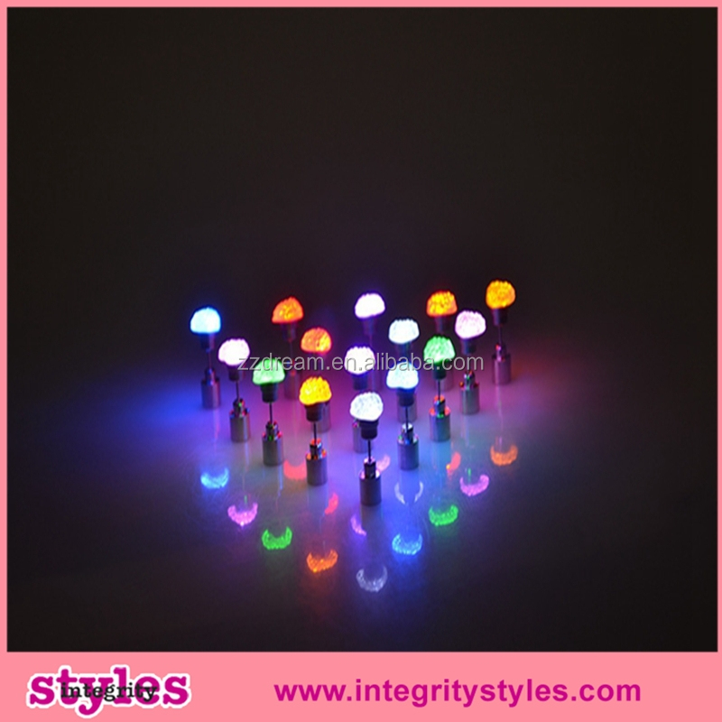 Factory Direct High Quality Vogue Led Light Flashing Earrings