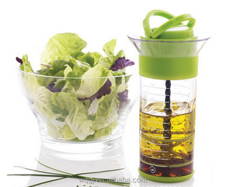 Creative Fashion Custom Salad Dressing Mixer Bottle Plastic Clear Salad Oil Dressing Universal Mixer