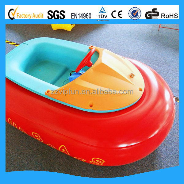 Customized hot selling bumper boats can sunscreen