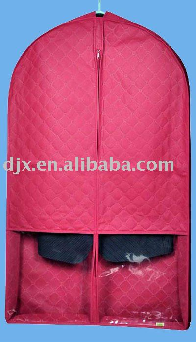 nylon quilted garment bag