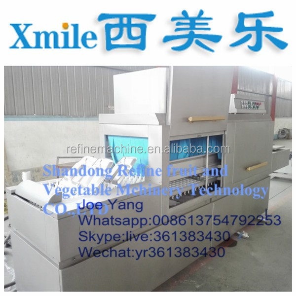Plastic crate washing machine/crate washer