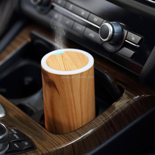 2017 USB mini car aroma diffuser ,car oil diffuser for air aroma freshener humidifier with 7 color changing LED light