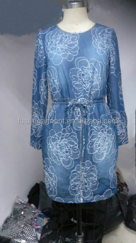 Hot Sale Women Denim Casual Dress 100% Cotton Long Sleeve Embroidery Pleated Dress for Ladies