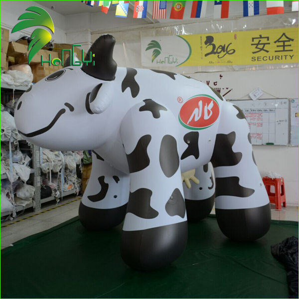 Christmas Floating Giant Jersey Cow / Inflatables Advertising Cow Model for Promotion