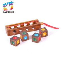 Wholesale fashion IQ game wooden craft unlocked cube toy for children W11C028