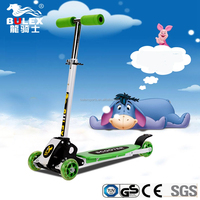 2016 best chineseHot sale cool toys 3 wheel kids speeder scooter