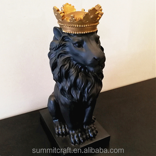 Resin royal crown small black lion statue