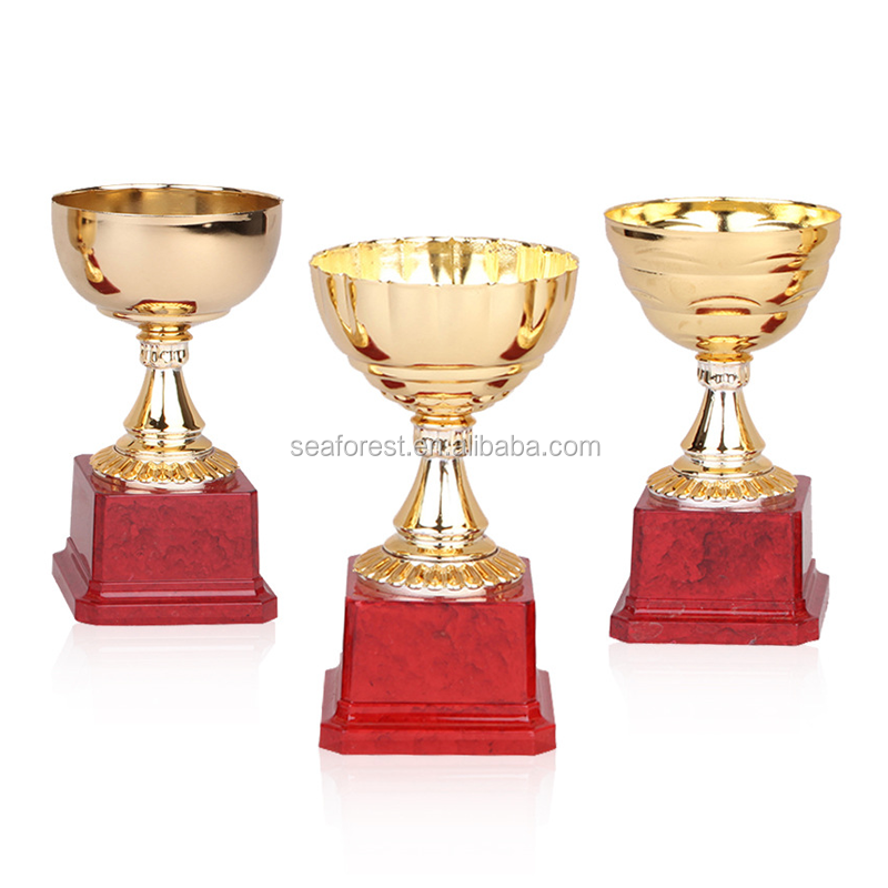 Cheap Small Plastic Trophy Cup With Red Wooden Base