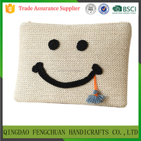 Alibaba China suppliers trendy embroidery smile face purse handbag straw clutch bag