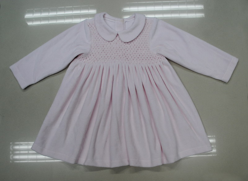 100% cotton velvet Winter baby pink Smocked Cotton Girl's Dress