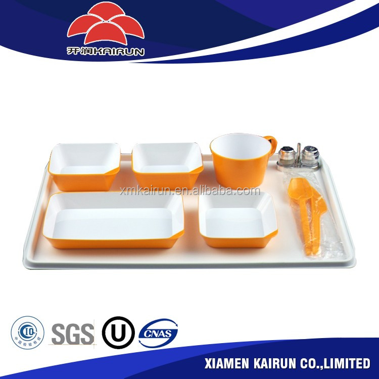 Inflight airline eco friendly biodegradable 3-5 pieces colorful durable plastic tableware sets