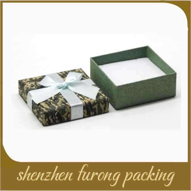 Decorative custom made cover cloth paper donut packaging jewelry boxes