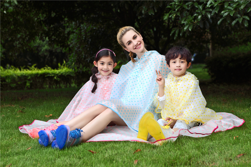 New arrival cute rain poncho rain cape for women for hiking and picnic