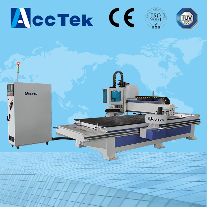 China wood cnc router with automatic feeding cutiing atc system AKM1325AF
