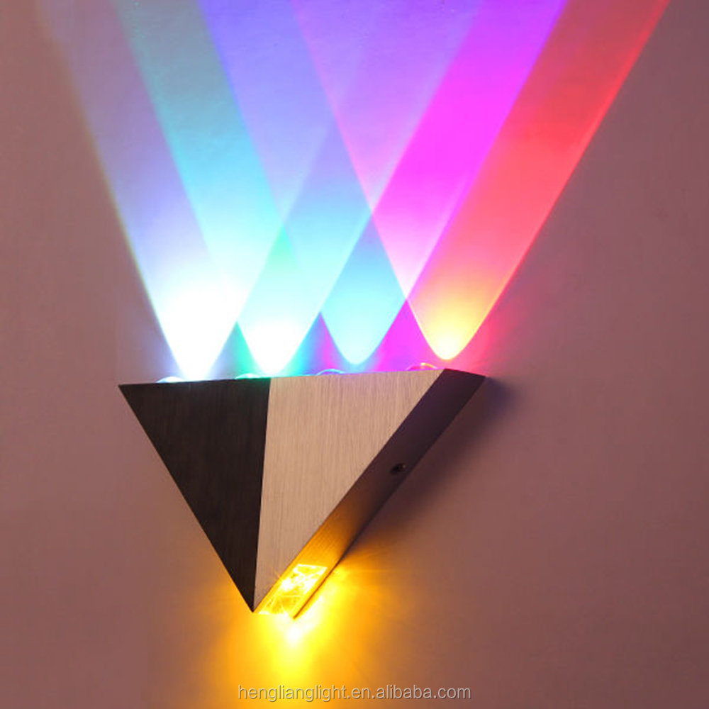 5W Aluminum Triangle Led Wall Lamp AC90-265V High Power Led Modern Home Indoor Party Ball Disco Light