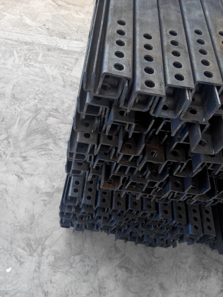 galvanized steel profile angle channel beams balck c section steel 20x20 u channel for wall