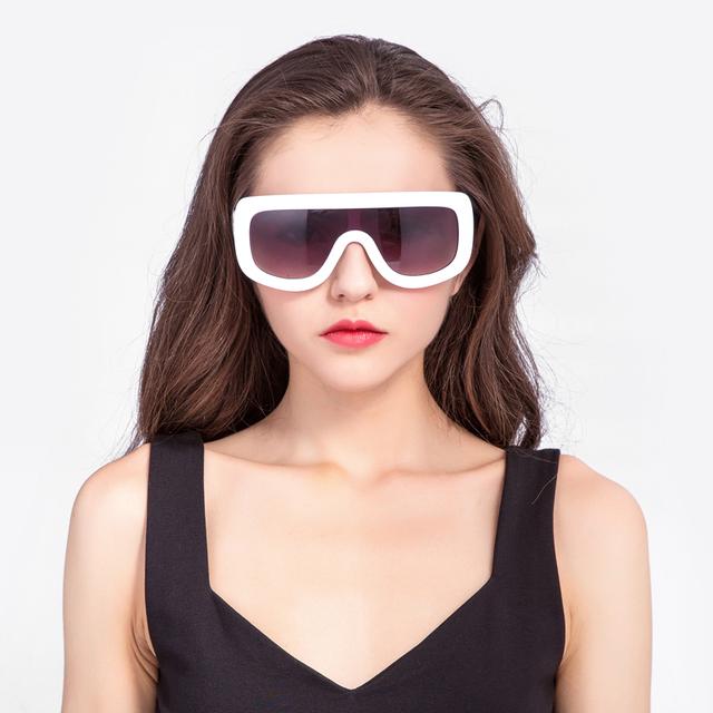 European style quality sunglasses new design logo print factory price sunglasses