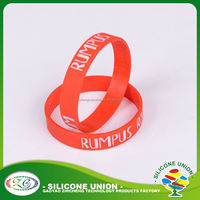 New design embossed custom logo silicone rubber wristbands