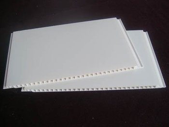 PVC panel varnish