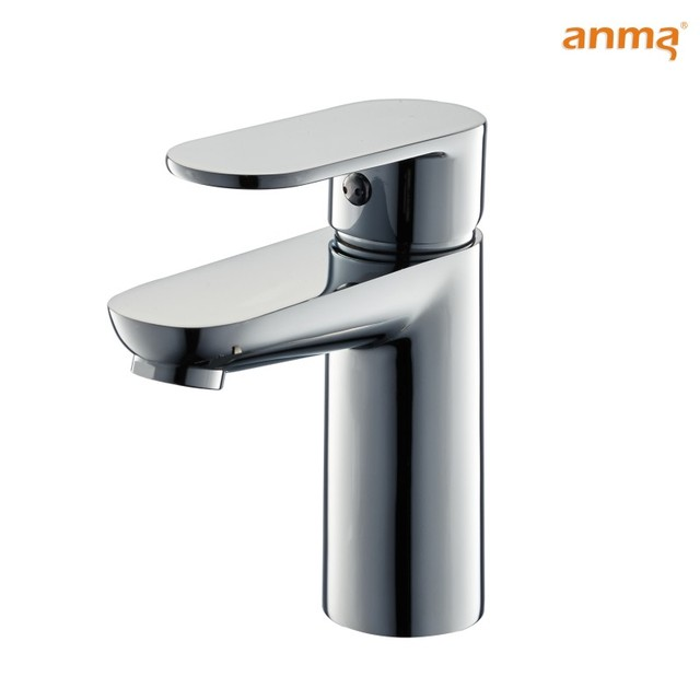chrome plated zinc handle polo brass faucet in basin and toilet