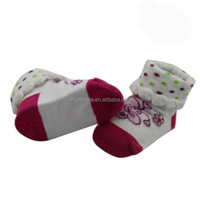 Haining GS custom upturned picot welt cartoon and dots design white and red cotton infant socks baby