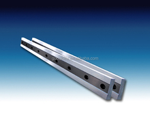 Guillotine shear blades for crop shearing