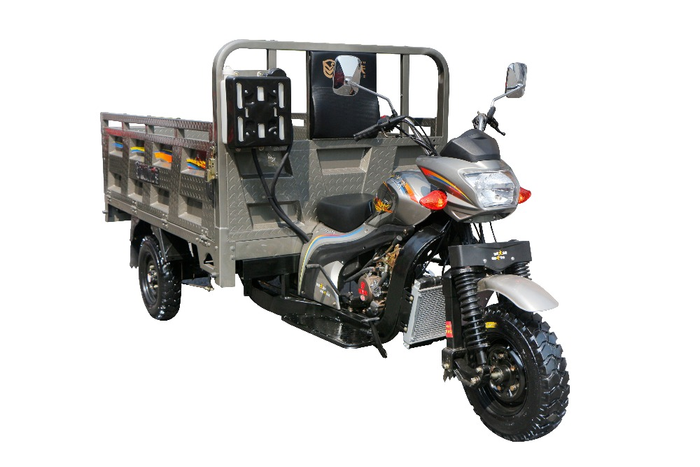Cargo tricycle three wheel motorcycle/Chongqing adult tricycle/scootor