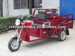 electric tricycle for loading cargo