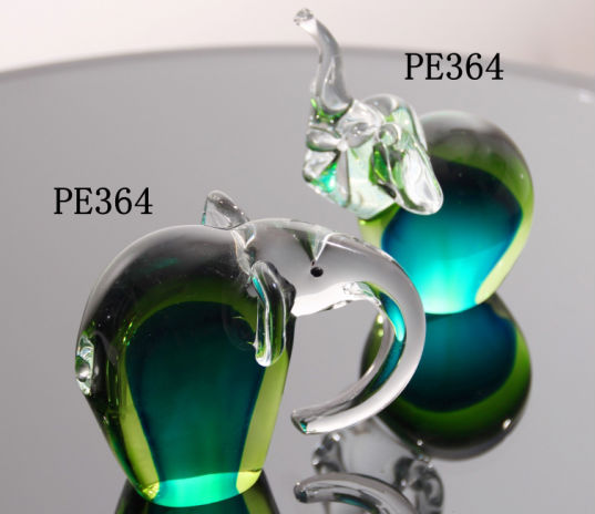 2019 New Design Crystal Centerpieces Green Elephant Glass Craft for Home Decor