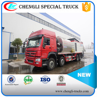 CLW HOWO 8*4 6000l Intelligentized Rubber Asphalt Synchronous Chip Sealer 10000L Macadam Synchronous Distributor Truck