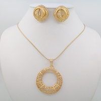 2016 High Grade Jewelry Sets Necklace 18k Gold Hollow Circle Necklace Pendant Style Temperament Elegant Of Types Jewelry