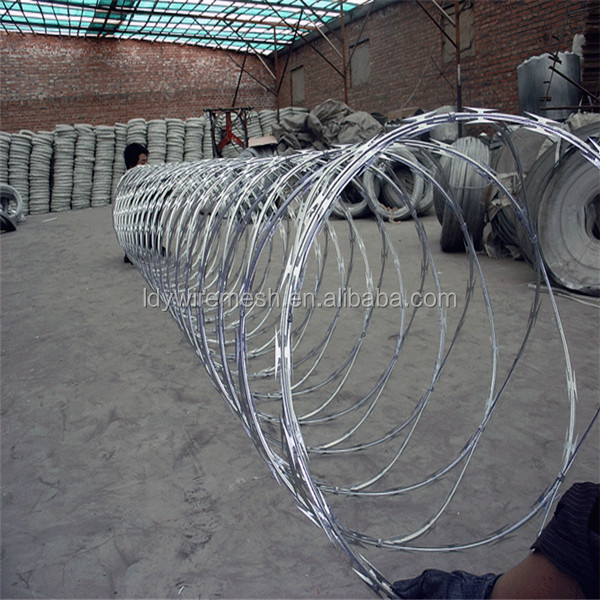 hot sale low price BTO 22 military concertina razor barbed tape wire factory