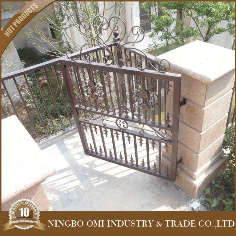 New Type High Durability Steel Security Door Iron Gate Middle Metal Decorated Strong Security Gate