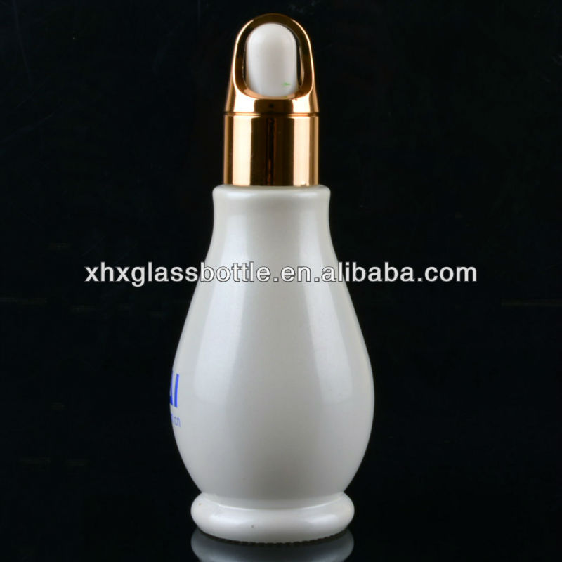 Custom 10ml mini small amber essential oil packaging bottle with aluminium sprayer