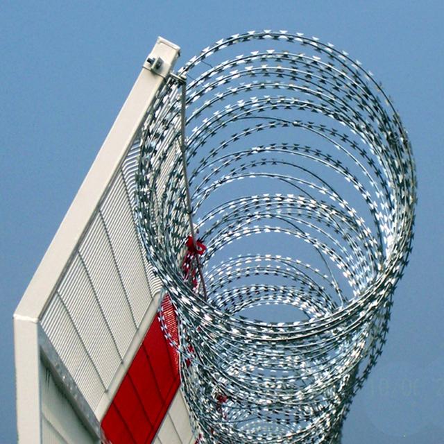 Galvanized BTO 22 razor barbed wire concertina wire price