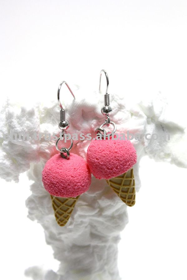 G3059 Mini Strawberry Icecream Cone Costume Handmade Earrings