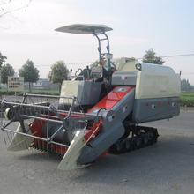Wide Rubber Track HST Mini Rice Combine Harvester