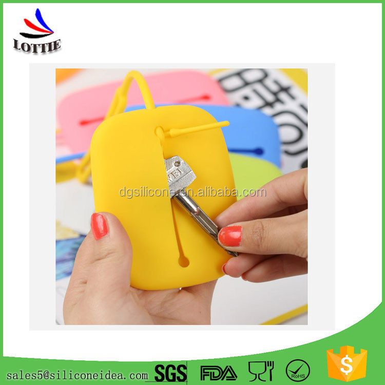 New design Portable silicone key holder bag,silicone smart wallet,key holder wallet