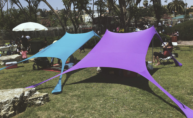 Beach SunShade Beach <strong>Tent</strong> With Sandbag Anchors 4 FREE Pegs UPF50+ Quality Lycra Fabric - Perfect Sun Shelter for Kids