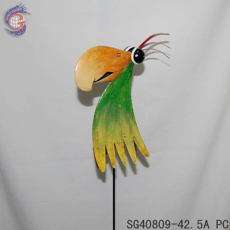 Parrot birds stake for outdoor decor buy parrot outdoor for Decorative birds for outside