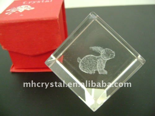 Etched Rabbit 3D Laser Crystal Glass Paperweight Cube MH-F0101