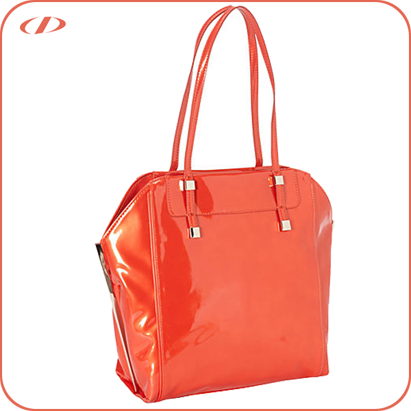 Shiny patent trendy women's pu handbag
